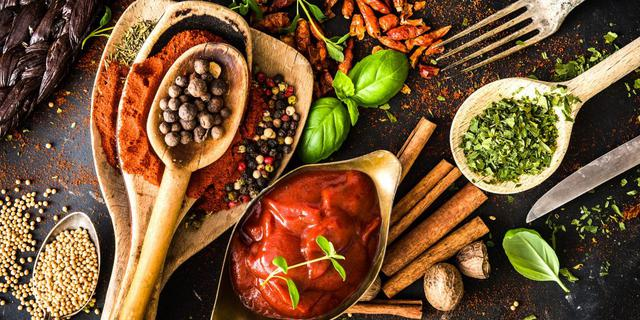 Колекція рецептів домашніх соусів до риби та м'яса. Більше не потрібно купляти в магазині.