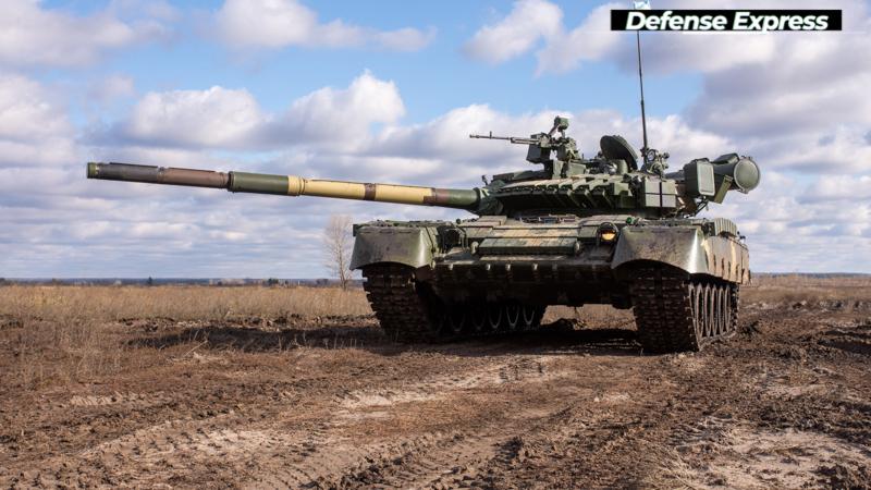 В Україні випробували новий танк: з'явилося яскраве відео, зняте з землі і повітря