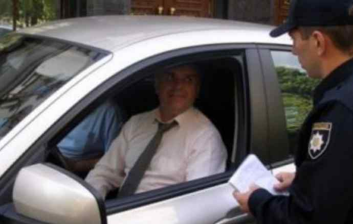 """""""До 34 тисяч штрафу"""": Автомобілістам готують приголомшливі нововведення. Що потрібно знати"""