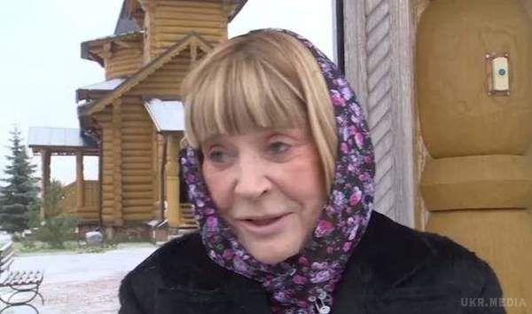 Штучна краса: Як змінювалася 71-річна Примадонна після пластики (фото, відео)