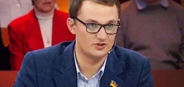 Євген Брагар (собаку за газ) вніс пропозицію скасувати вивчення історії України в 5 класі