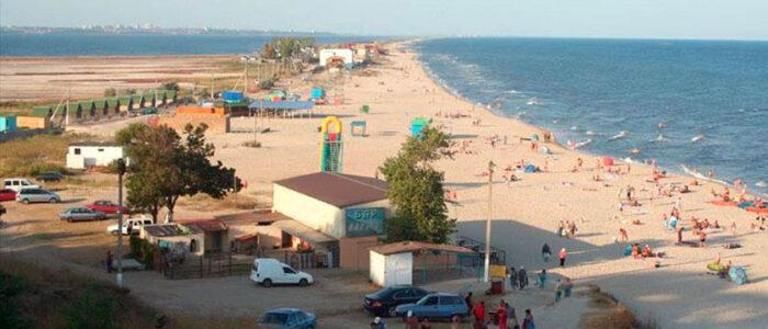 """Літо 2020: Круті місцини на чорноморських курортах, де можна """"мажорно"""" відпочити майже за безцінь"""